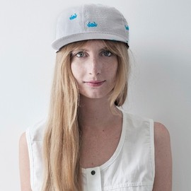 Mödernaked - Embroidered Crab Cap