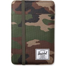 HERSCHEL SUPPLY CO. - Woodland Camo Cypress Sleeve for 11inch Macbook Air