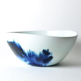 Elaine Tian - blue and white bowl, porcelain