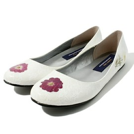 TALKING ABOUT THE ABSTRACTION - Pressed Flower Shoe
