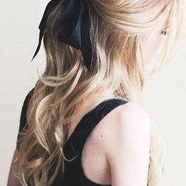 hairstyles/bow
