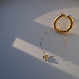 imago - heart ear cuff