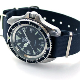 CWC - Silver dated Royal Navy automatic divers watch