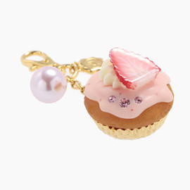 Q-pot. - Strawberry CupCake Bag Charm