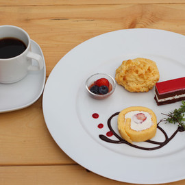 CoppiceGARDEN(コピスガーデン) Cafe - Cake Plate