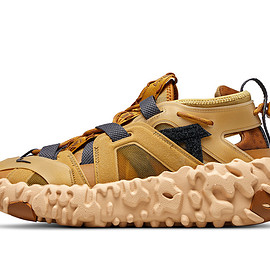 NIKE - ISPA OverReact Sandal - Wheat/Club Gold