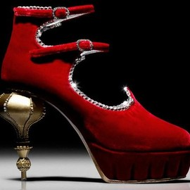 CHANEL - Chanel Paris-Moscou Pre-Fall 2009 Red Velvet Shoe.