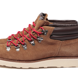 STUSSY - Danner Mountain Ridge Mid for STUSSY