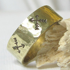 Criss-Cross Arrows Ring Hammered Gold Brass Band Ring