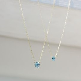 talkative by igo - pentagon -L london blue topaz-