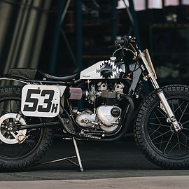 Triumph - T100R flat tracker by Hookie 1967