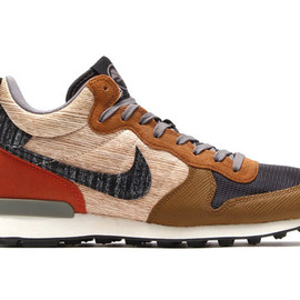 Nike - Nike Internationalist Mid   Parquet Pack