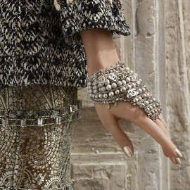 CHANEL - CHANEL Metal Hand Jewel