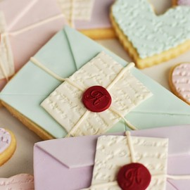 Sweetapolita - Love Letter Cookies