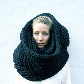 louise dungate - super snood