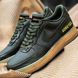 NIKE - Air Force 1 Low Gore-Tex - Black/Dark Green/Gum?