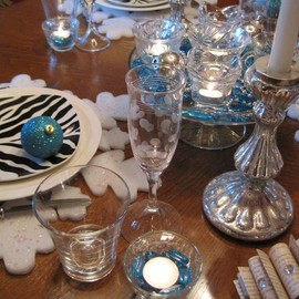 Festive New Year's Tablescape - Festive New Year's Tablescape