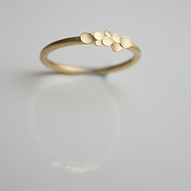 dkjewellery - Dahlia 18ct yellow gold ring