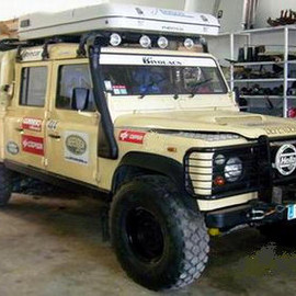 Land Rover - Defender 130 Pickup