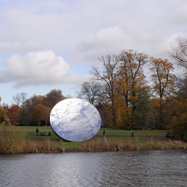 ANISH KAPOOR - Sky Mirror in Hyde Park