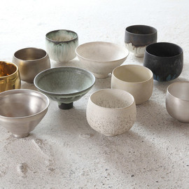 RYOTA AOKI - Cups and Bowls