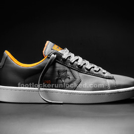 CONVERSE, UNDEFEATED - Pro Lether Ox - Black & Orange