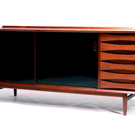 Sibast Furniture - Sideboard by Arne Vodder