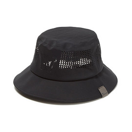 White Mountaineering - WM×FLEXFIT DELTA SEAMLESS BUCKET HATT