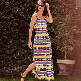 Vince Camuto - Vince Camuto Jagged Stripe Maxi Dress