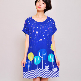 Design Tshirts Store graniph - Swan Forest Short Sleeve One-Piece B(Blue)