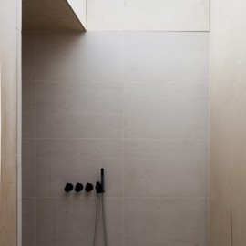 Simon Astridge Architecture Workshop, - Bathroom in the Plywood House, London