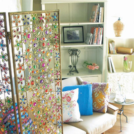 Colerful jewel partition
