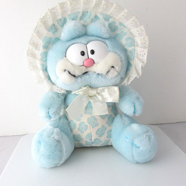 Garfield - Garfield Plush Stuffed Toy Vintage Pastel Blue 1980s Dakin 10""