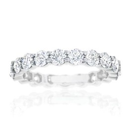 Harry Winston - Round Diamond Prong Set Ring