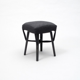 Peter Yong Ra - Jointly stool