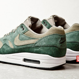 Nike - Air Max 1 - Green Suede