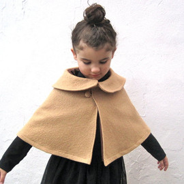 SewnNatural - fall winter girls cape with Peter Pan Coller