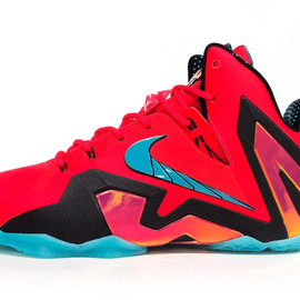 "NIKE - LEBRON XI ELITE ""LEBRON JAMES"" ""ELITE SERIES"" ""LIMITED EDITION for SIGNATURE SEASONAL"""