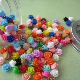 Luulla - Mini Roses in a Glass Jar - 150 Pieces - Crafting and Jewelry Supplies by ZARDENIA - Great Crafting Gift