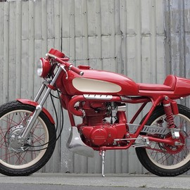 Pacific Motorcycle Co - Honda CB350 'Red Rocker'
