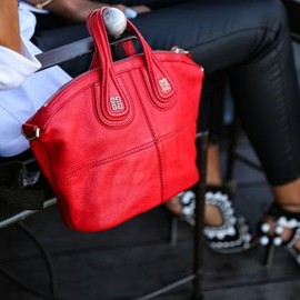 GIVENCHY - Red bag.
