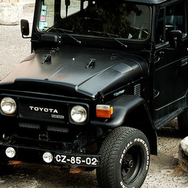TOYOTA - Land Cruiser FJ40 Black