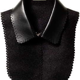 LOUIS VUITTON - collar
