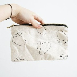 Hare pouch