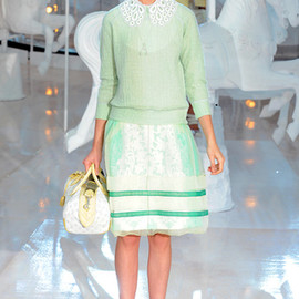 LOUIS VUITTON - Spring 2012 Ready-to-Wear