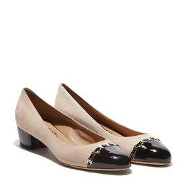 Salvatore Ferragamo - Detailed Vara Pump