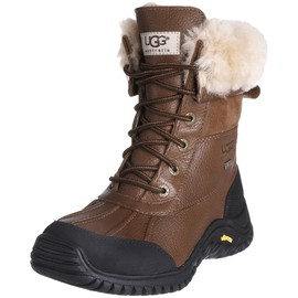 UGG - snow boots
