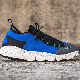 NIKE - AIR FOOT SCAPE