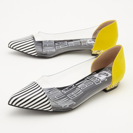 SLY - CLEAR CAP FLAT SHOES