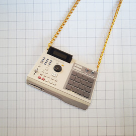 MPC 2000 - necklaces